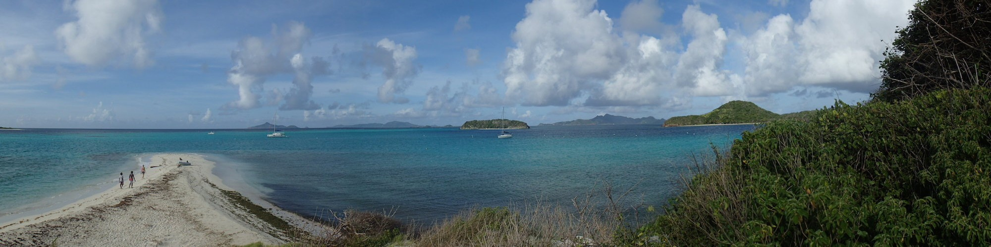 View of the southern Grenadines towards Grenada from the Tobago Cays