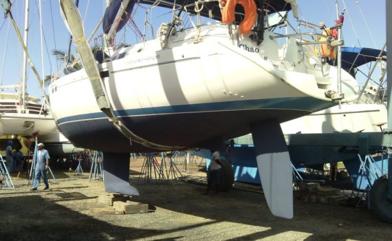 Antifouling our Yacht - Bottom Painting